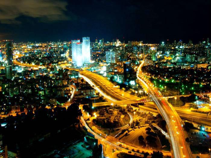 tel_aviv_skyline_night_-_2